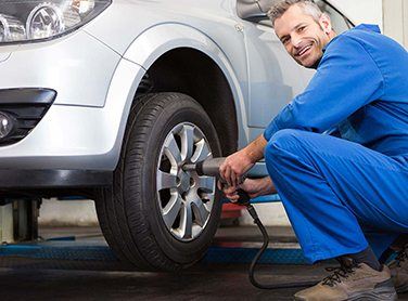 car tire mechanic new orleans LA - NOLA Automotive Repairs